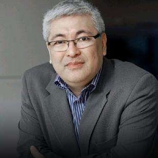 Prof. Ricardo Yogui